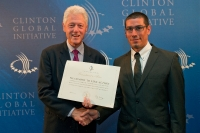 Elad submitting Comet-ME's commitment to the Clinton Global Initiative, September 2010